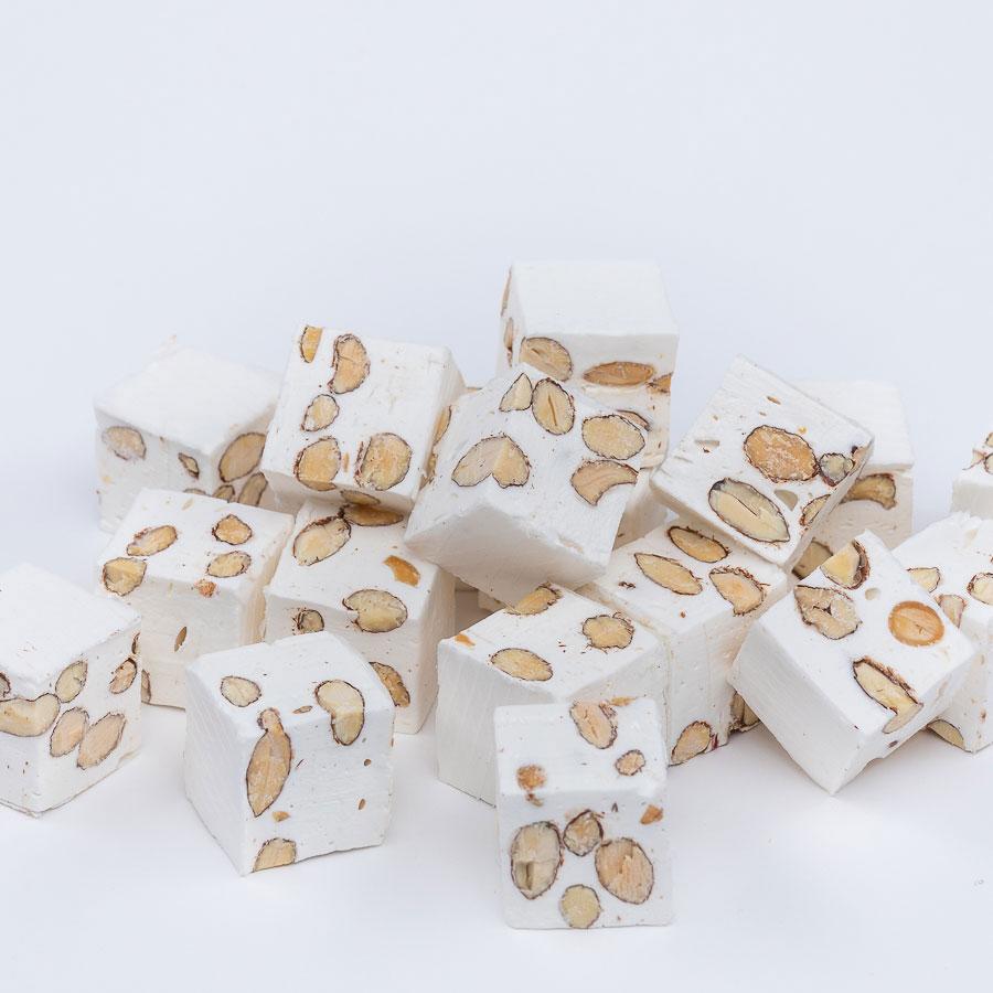 cube pistach nougat amande